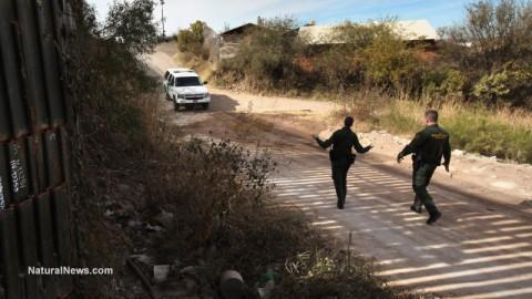Editorial-Use-US-Border-Patrol-Nogales-Mexico-Arizona
