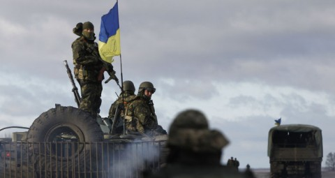© AP PHOTO/ SERGEI CHUZAVKOV なぜウクライナ軍は負ける運命にあるのか?