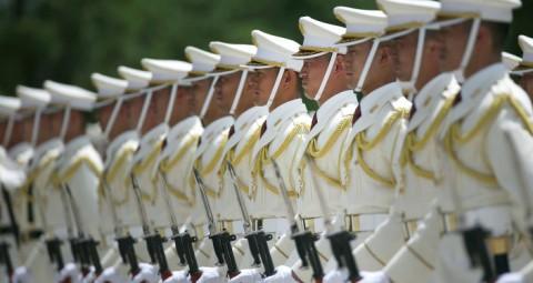 © AFP 2015/ EUGENE HOSHIKO 枝野幸男氏 徴兵制導入の恐れに言及して日本を驚かせる
