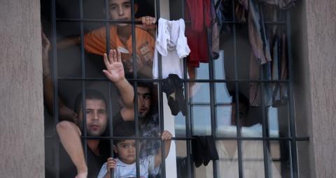 © AFP 2015/ DIMITAR DILKOFF ブルガリア 移民問題で国境閉鎖