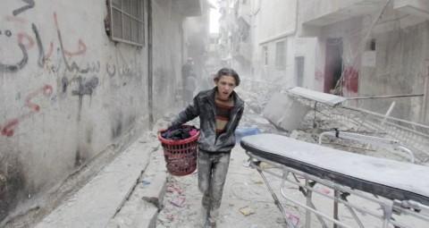 © REUTERS/ RAMI ZAYAT ロシア軍 アレッポを空爆したのは米国