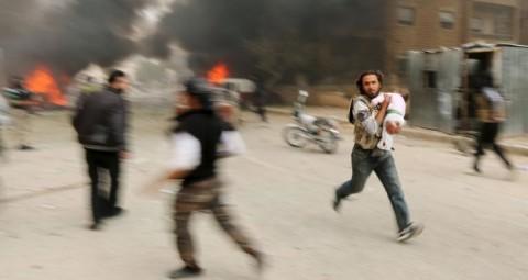シリア 米国が率いる有志連合による空爆 © REUTERS/ AMMAR ABDALLAH シリア大使 病院を空爆したのは米主導の有志連合