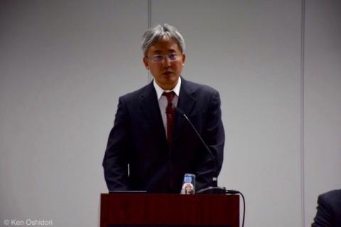 2016年4月11日「私は把握していました」と回答した東京電力・岡村祐一原子力立地本部長代理。(撮影:おしどりケン)