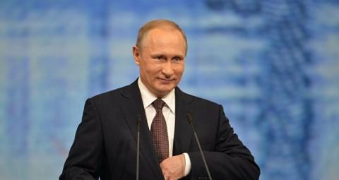 © SPUTNIK/ VLADIMIR ASTAPKOVICH プーチン大統領、ユーラシア経済連合、中国などを入れた大ユーラシア・パートナーシップの創設を呼びかけ