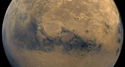© 写真: NASA/JPL-Caltech /USGS