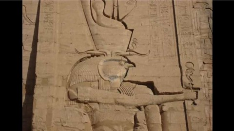 3_Closeup_Horus_Head