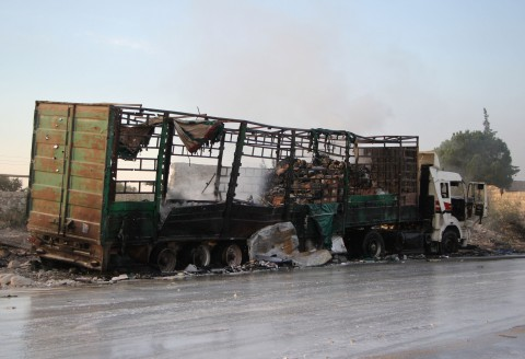 独立専門家ら、アレッポでの国連人道支援車列への攻撃を芝居と断じる