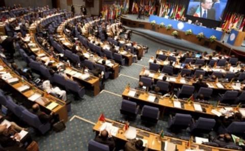 【※どこの写真なのか不明です。ただし、2012年テヘランで開催されたNAMの専門家会議の様子に酷似しています。】