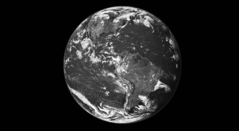 10_Earth
