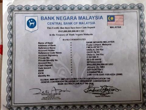写真:マレーシアの銀行が発行した943,000,000,000,000.00アメリカドルの預金証明書。右下にフェルディナンド・マルコスの署名があります。